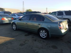 06 Nissan altima for Sale in Ontario, CA