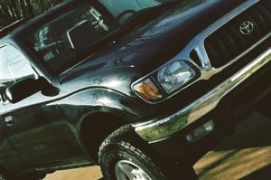 Truck is in good shape - Toyota TACOMA 01 for Sale in Las Vegas, NV