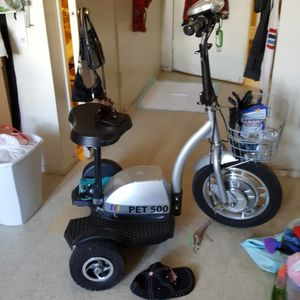Pet 500 Scooter for Sale in Fresno, CA