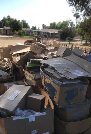 Free Cardboard for Sale in Perris, CA