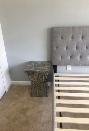 End table. Moving sale price negotiable! for Sale in Baltimore, MD