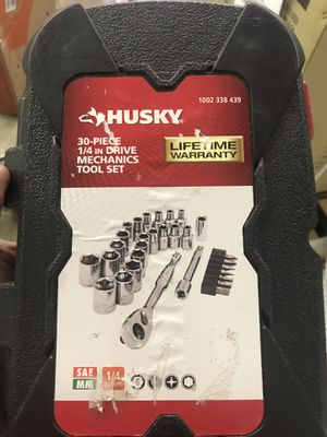 Husky 30 piece mechanic set for Sale in Columbus, OH