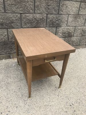 Mersman single drawer end table for Sale in Clinton Township, MI