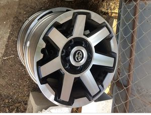 17 inch TRD off road 4Runner for Sale in Santa Maria, CA