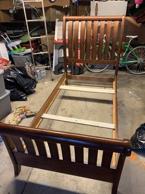 Sleigh Bed twin size bed frame for Sale in Reynoldsburg, OH