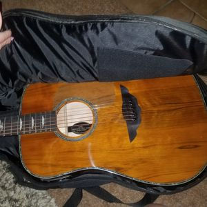 Keith Urban Guitar with Amp Never Used for Sale in Manteca, CA
