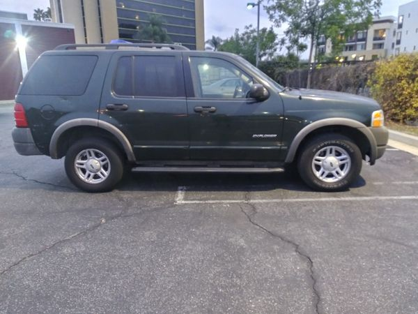 2002 ford explorer xls 140,341 automatic 6 cylnder