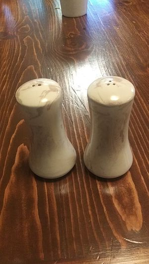 Ceramic Salt and Pepper Shaker Glazed with Ashes from Mt. Saint Helens for Sale in Arlington, WA