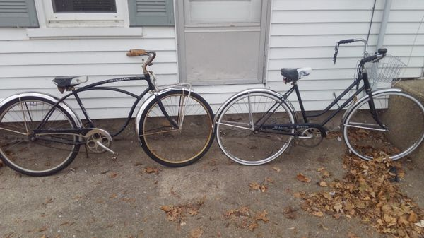 His and hers antique schwinn bicycles