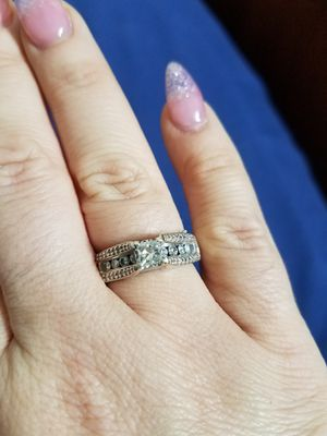 14k white gold and 1 and a half carat diamond wedding ring size 8 for Sale in Murfreesboro, TN