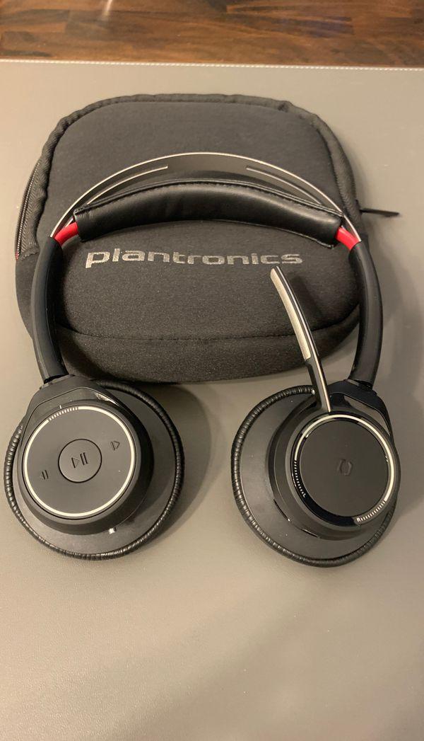 Plantronics Voyager Focus UC Wireless Headphones