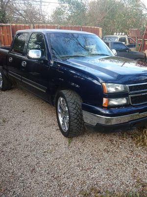2006 Chevy Silverado for Sale in Dallas, TX