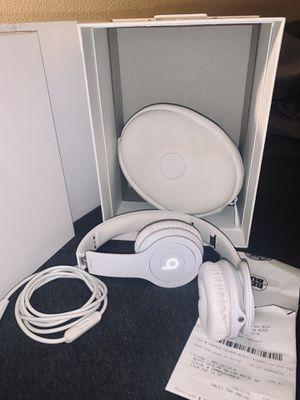 Beats by Dre - Solo HD (White/Silver) for Sale in Warren Park, IN