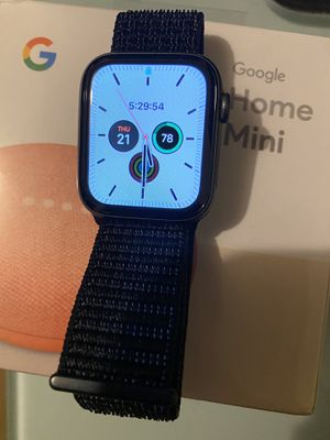 Apple Watch series 4 44mm for Sale in West Covina, CA