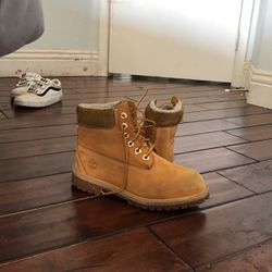 timberlands size 7 for Sale in Henderson,  NV