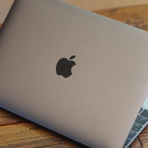 I Wanna Offer This MacBook For Free,but You've To Make Payment For Ships To You And You Get It for Sale in New York, NY