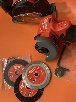 Milwaukee M12 Cut Off Tool (tool Only) $100 Price Is Firm for Sale in Bellevue,  WA
