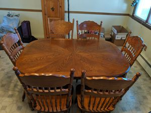 Kitchen table and 6 chairs for Sale in Streator, IL