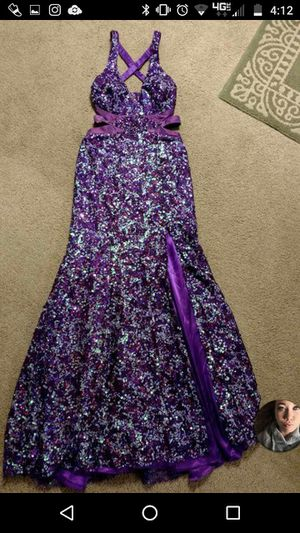 Prom dress size 6 for Sale in Mentor, OH