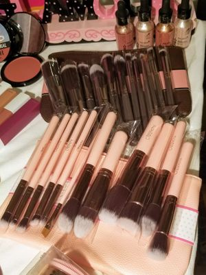 Makeup for Sale in Phillips Ranch, CA