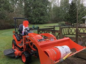 2019 Kubota BX2380 Tractor for Sale in Snohomish, WA