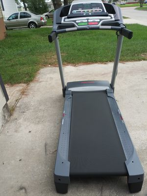 Electric treadmill for Sale in Houston, TX