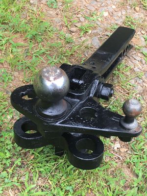 Reese Trailer Hitch for Sale in Burnsville, NC