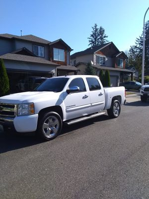 Chevy Silverado 2010 for Sale in Auburn, WA