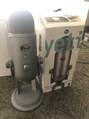 Yeti usb mic for Sale in San Francisco, CA