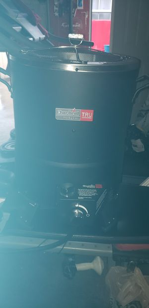 Charboil the big easy fryer etc for Sale in Houston, TX