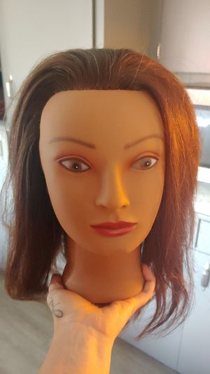 Mannequin head for Beauty School for Sale in Vancouver, WA