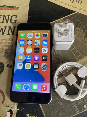 Apple IPhone 6S Sprint Boost 32gb Silver for Sale in West Palm Beach, FL