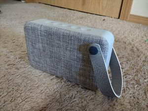 Vintage style bluetooth speaker for Sale in Bloomington, IL