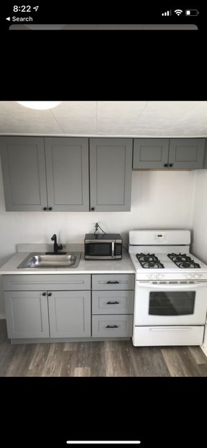 Kitchen Counter Tops / Cabinets / Appliances for Sale in Aliquippa, PA