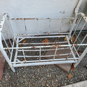 Antique Metal Doll Crib for Sale in Sunnyvale, CA