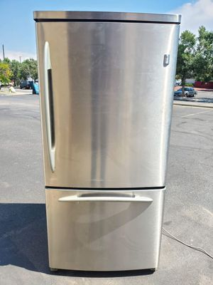 GE stainless steel fridge good working condition for Sale in Denver, CO