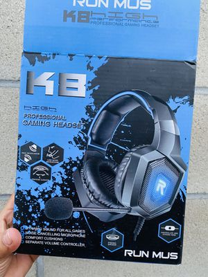 Gaming headset for Sale in Los Angeles, CA