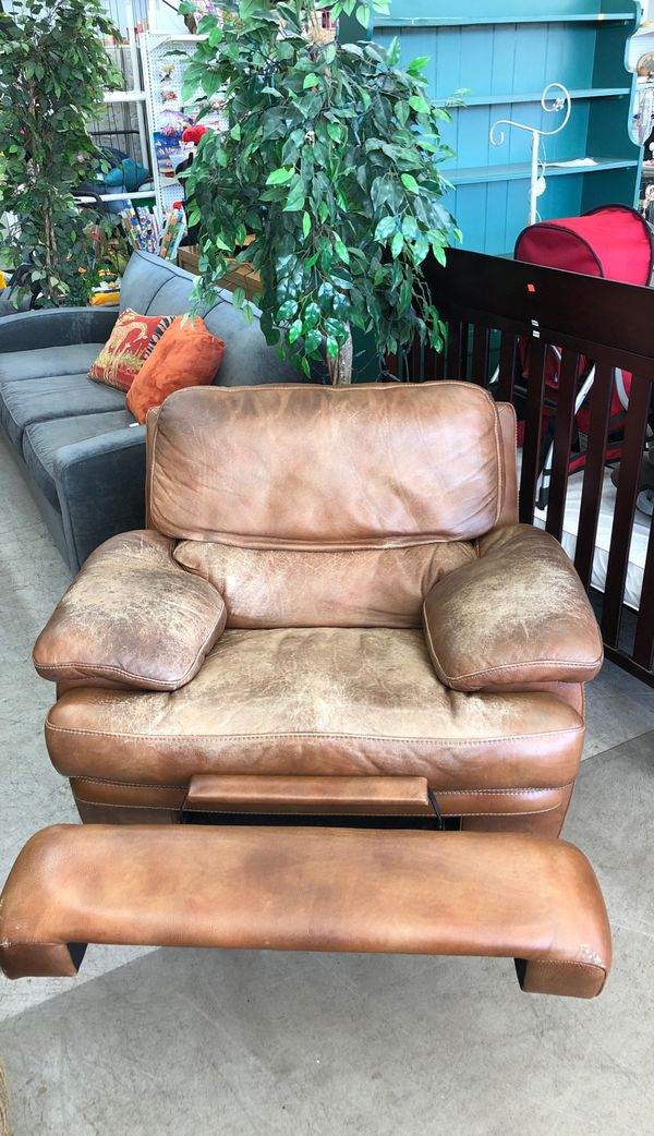 Large recliner leather