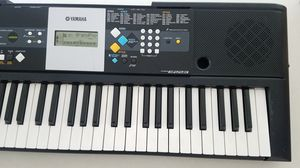 Yamaha 61 Key portable keyboard PSR-E223 for Sale in Columbus, OH