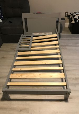 Toddler bed for Sale in Oviedo, FL