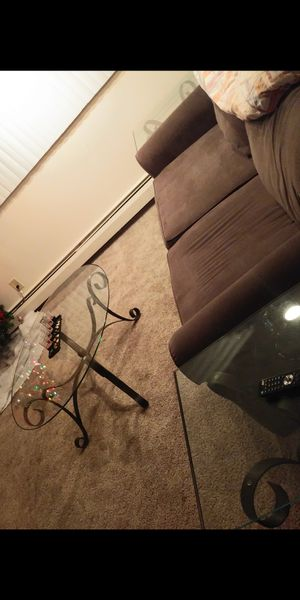 Living room glass table set for Sale in St. Louis, MO