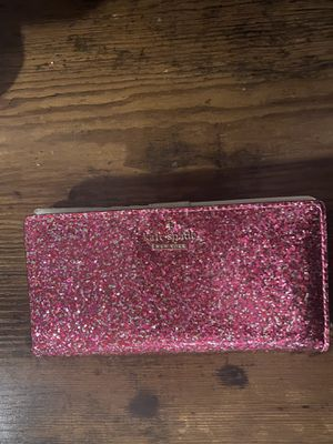 Kate Spade New York wallet for Sale in East Los Angeles, CA