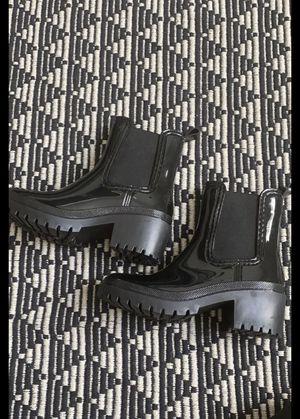 Rain boots size 8 for Sale in Phoenix, AZ