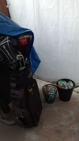 Golf club set and golf balls for Sale in Artesia, CA