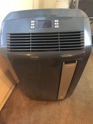 DeLonghi Pac AN125HPEC Pinguino Portable Air Conditioner Heat Pump Dehumidifier for Sale in Lawndale, CA
