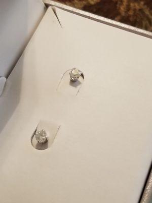 .5 karat diamond earrings for Sale in Mesquite, TX