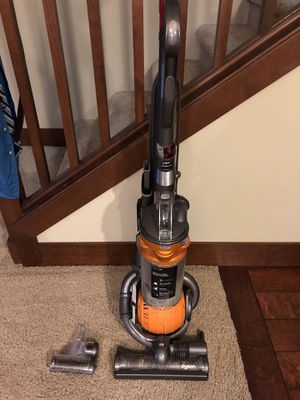 Dyson multi purpose vacuum for Sale in Renton, WA