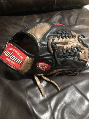 Nokona baseball glove 11.5 for Sale in Monterey Park, CA