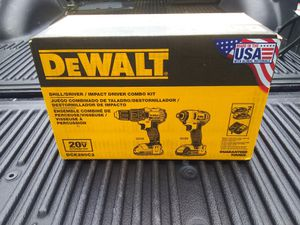DEWALT DRILL DRIVER / IMPACT DRIVER COMBO KIT BRAND NEW for Sale in Houston, TX
