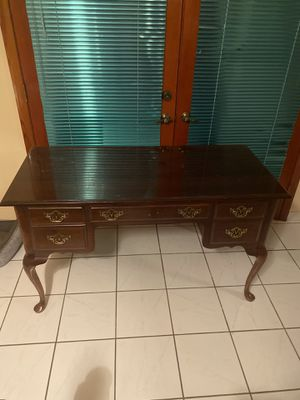 Cherry Wood Desk for Sale in Miami, FL